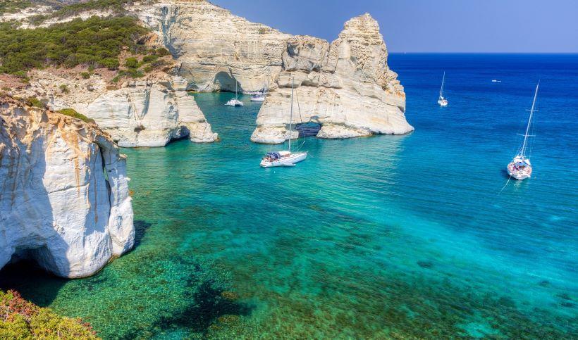 Milos ([Image source](https://www.discovergreece.com/en/greek-islands/cyclades/milos))