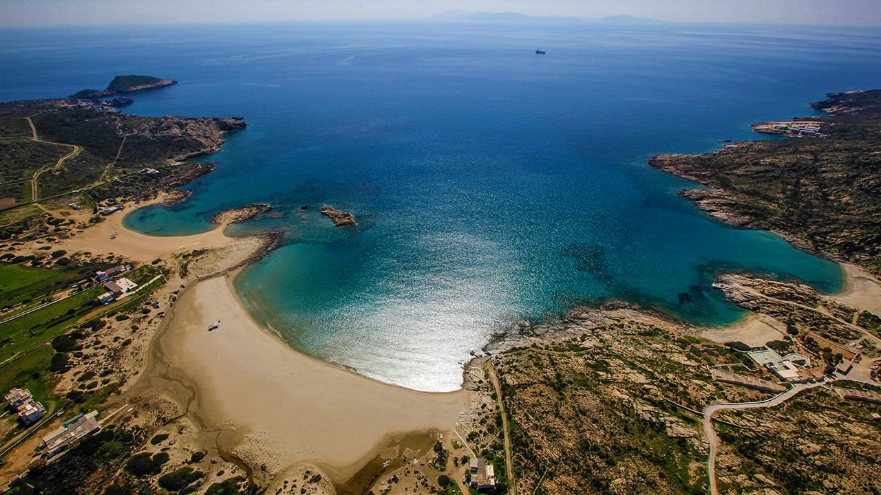 Ios ([Image source](https://www.guletyacht.net/greece/cyclades-ios-island))