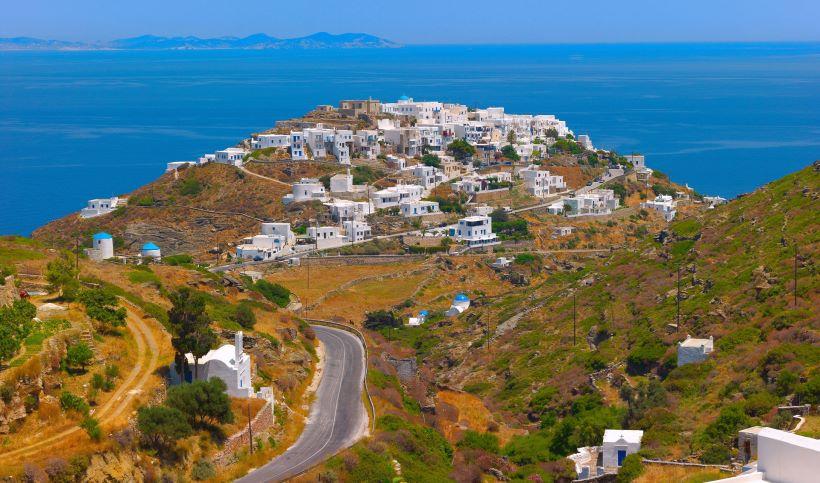 Sifnos ([Image source](https://www.discovergreece.com/greek-islands/cyclades/sifnos))